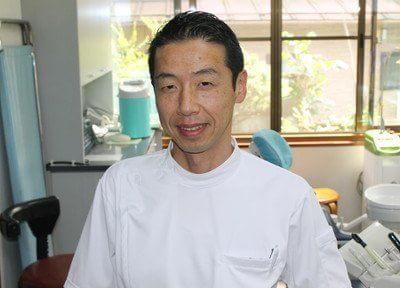副院長の羽毛田 匡(はけた ただす)です。一緒にお口の健康を守っていきます。
