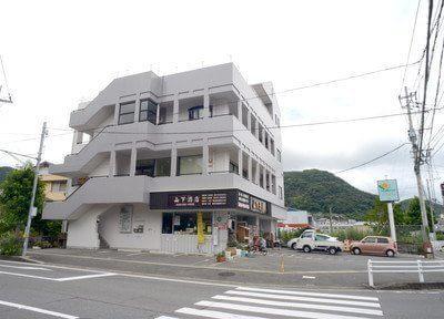 ひろし歯科クリニックの外観です。西彼杵郡時津町日並郷にあります。