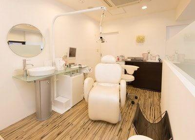 診療スペースは独立しており、ゆったりと診療を受けて頂けます。