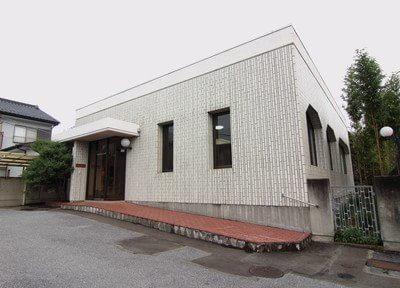 外観です。鶴田駅徒歩5分の場所にあります。