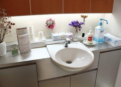 洗面台もあるので、診療前の歯磨きにも使えます。