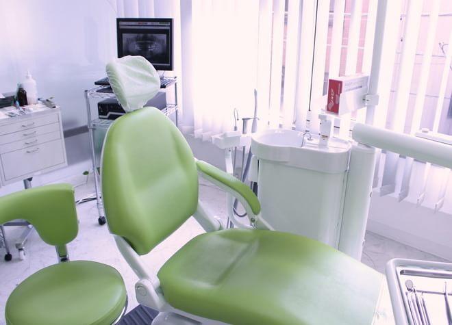 怖がっているお子さまは歯科衛生士がやさしく褒めて、無理のないペースで治療に慣れてもらいます