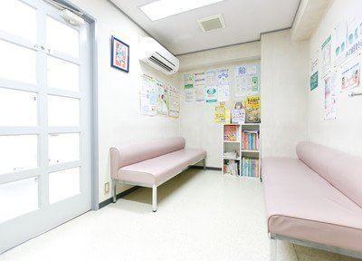 待合室です。こちらでリラックスしながらごゆっくりお待ちください。