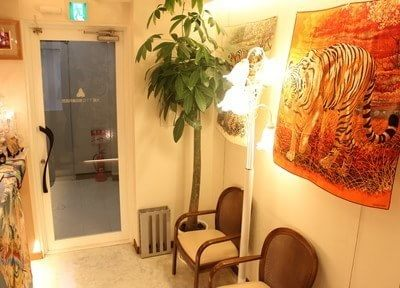 独特な雰囲気の待合室です。