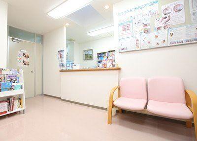 待合室です。アットホームな雰囲気でおくつろぎください。